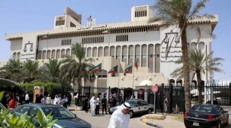 Kuwait arrests 12 in Iran spy case